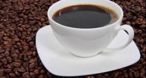Obişnuia să bea 5 tipuri de cafea în fiecare zi. Ce a păţit femeia când a renunţat la cofeină