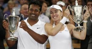 Martina Hingis a câştigat şi proba de dublu mixt, la Wimbledon, pe lângă cea de dublu feminin