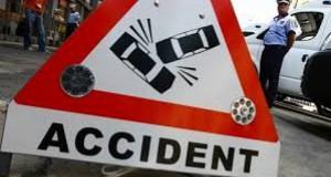 Accident grav: 10 persoane rănite, între care doi copii, după ce s-au ciocnit două autoturisme