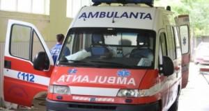 Accident rutier grav. Trei persoane, printre care şi un copil, rănite
