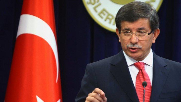Ahmet Davotoglu ocupă funcţia de premier interimar al Turciei