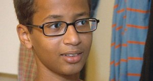 Răsturnare de situaţie în cazul elevului arestat pentru că a dus la şcoală un ceas ce părea o bombă