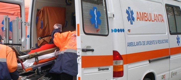 Accident grav în Iaşi. Printre răniţi se află o gravidă şi un copil