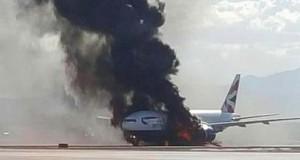 Incendiu la aeroport: un avion British Airways a luat foc. Doi pasageri au fost răniţi