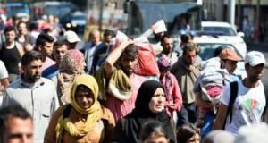 În sfârșit un refugiu pentru 10.000 de imigranți epuizați. Ce îi așteaptă în Germania și Austria