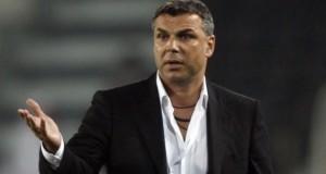 Performanţă pentru Cosmin Olăroiu la arabi. A ajuns în semifinalele Ligii Campionilor