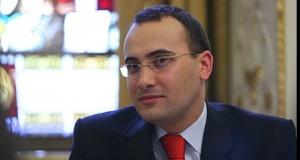 """Valeriu Turcan, despre numirea lui Petrescu: """"Fie vrea să scape de ea, fie să o pună la adăpost"""""""