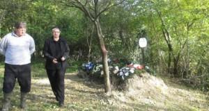 O femeie din Sălaj a fost îngropată în grădina casei. Motivul e incredibil