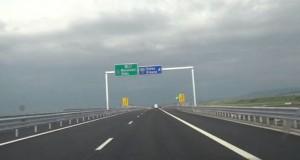 Scandalul autostrăzii Sibiu-Orăştie. Ministerul Transporturilor cere urgentarea reparaţiilor
