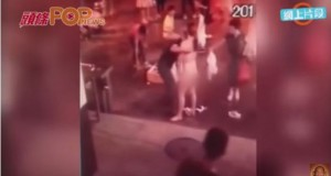 Motivul șocant pentru care o tânără s-a dezbrăcat în mijlocul străzii. Imagini incredibile