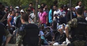 """""""Suntem gata să tragem în traficanţii de imigranţi"""". Anunţul oficialului"""