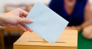 Alegeri Ucraina: alegeri locale cruciale pentru Poroşenko. Primele incidente, la Mariupol