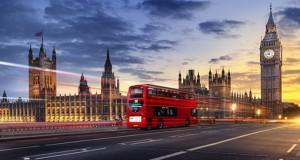 Aproape jumӑtate dintre romȃnii din UK nu mai vor sӑ se întoarcӑ în Romȃnia