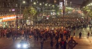 BREAKING NEWS: PROTESTUL COLECTIV. Zeci de mii de oameni au cerut, în stradă, demisia lui Piedone, Oprea și Ponta