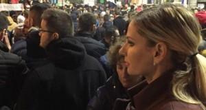 """Gestul scandalos făcut de Andreea Bănică la protest! Fanii au """"penalizat-o"""""""
