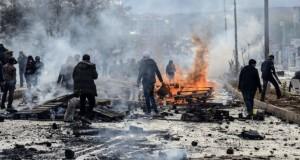 Aviația turcă a bombardat baze ale rebelilor kurzi în Irak și în Turcia