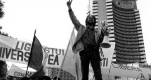 Ce spune Marian Munteanu, simbolul Pieței Universității, despre protestul de amploare din București