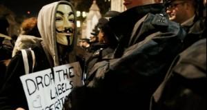 Proteste cu polițiști răniți și 50 persoane reținute, la Londra