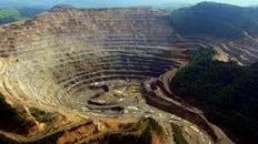 România ar putea interzice cianura in minerit pentru 10 ani