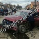 Accident șocant în județul Sibiu. Un copil aflat la volan a rămas încarcerat