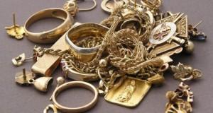 Ai bijuterii din AUR? Nu le mai purta! Îţi afectează rinichii, plămânii şi ficatul