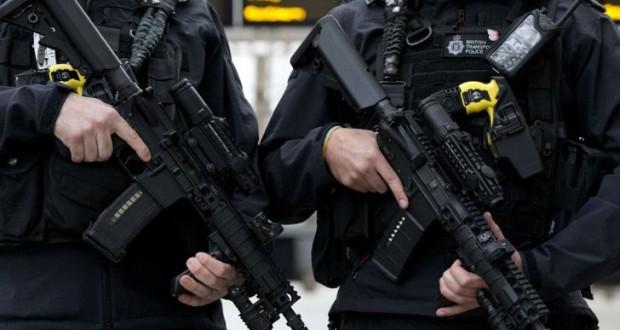 Marea Britanie reduce nivelul de alertă teroristă, dar atrage atenția că un atac este încă posibil