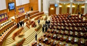 Audierile miniștrilor propuși, la ora 8.00. Votul plenului pentru validarea Guvernului, la 15.00