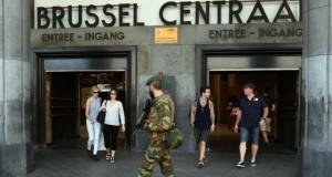 Atacatorul de la Bruxelles avea o bombă cu cuie. AUtoritățile declară că au evitat un dezastru