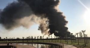 BREAKING NEWS: Incendiu de AMPLOARE în Balotești! Un cunoscut depozit de mobilă, cuprins în totalitate de flăcări