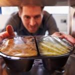 Este bine să gătim mâncarea la cuptorul cu microunde?