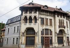 Cea mai veche farmacie cu laborator din Bucuresti, scoasa la vanzare pentru 600.000 euro