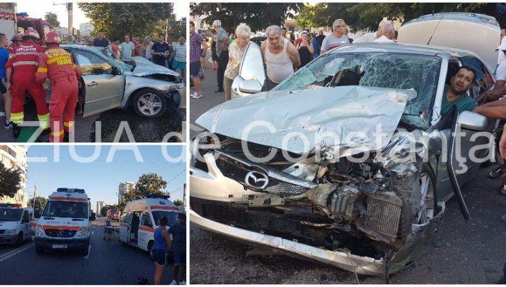 Accident grav în Constanţa. Cinci persoane rănite, printre care şi un copil de doi ani