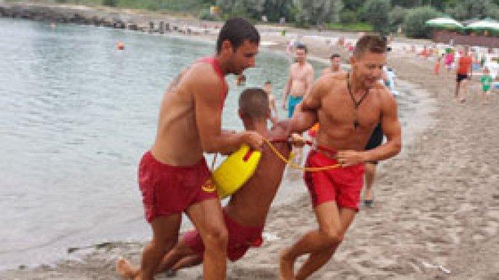 Salvamarii, ignoraţi de turişti