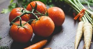 Spală fructele şi legumele cu oțet sau suc de lămâie înainte să le consumi. Motivul, uluitor
