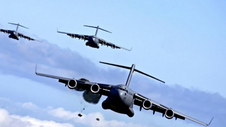 PENTAGON: Bombardiere americane au zburat în apropierea costelor nord-coreene