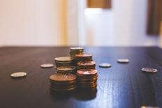 Unicredit: Creșterea economică de peste 5% anticipată pentru anul 2017 ascunde dezechilibre fiscale tot mai mari