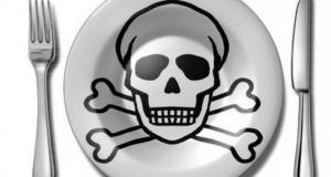 Cele mai cancerigene alimente pe care le consumi frecvent. Tu ştii ce mănânci?