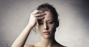 Te doare capul când te trezeşti? Mergi de urgenţă la doctor. Ai putea suferi de o boală gravă