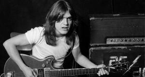 Doliu în muzica rock: A murit Malcolm Youg, cofondatorul AC/DC