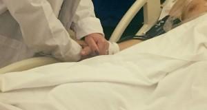 Miracol în postul Crăciunului! Medicii au făcut publice noi informaţii despre starea de sănătate a poliţistului tăiat cu sabia de un interlop