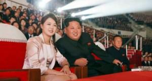 """El cu rachete nucleare, ea cu parfumuri scumpe. Cine e """"prima tovarășă"""" a Coreei de Nord"""