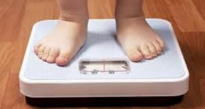Averismentul medicilor pentru părinți: copiii supraponderali riscă să dezvolte boli foarte grave!