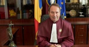 Judecătorii CCR au decis că propria superimunitate este parţial neconstituţională