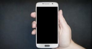 Nu folosești corect telefonul mobil. Ce greșeli să nu mai faci