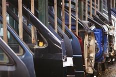 Industria a accelerat în martie, dar exporturile au rămas pe loc