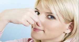 Mirosuri ale corpului pe care nu trebuie să le ignori! Tu le cunoști?