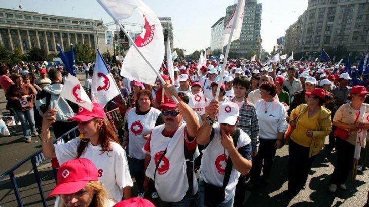 Protest de amploare, joi, în Piaţa Victoriei. Sunt aşteptaţi 10.000 de sindicalişti SANITAS