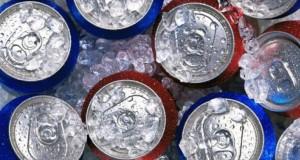 Un senator vrea suprataxarea sucurilor cu zahăr