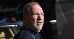 Harvey Weinstein s-a predat poliţiei din New York. A fost pus oficial sub acuzare pentru viol