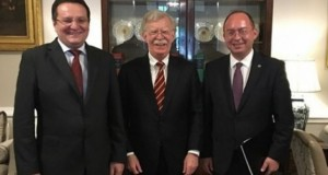 Bogdan Aurescu şi George Maior s-au întâlnit cu John Bolton, consilierul pentru securitate naţională